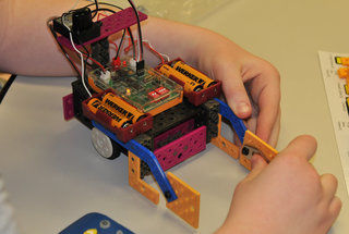 Steam Science & Robotics Camps for Teens